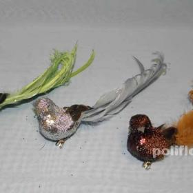 Птички, бабочки,  божья коровка,  в горшок, букет, в цветы, украшение, на проволоке, на прищепке, красиво, в корзинку, для композиции, в подарок, украшение, свадьба, день рождение,  перья, натуральный материал, пластик, крашеное,  на листик, в стебель, зажим, приклеить фигурки, легкие, оптом, дешево, упаковка, перо, марля, тюль, сетка