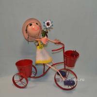 Девочка на велосипеде мал. 53 см мет. NA14A572