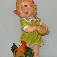 Девочка с петухом 71 см NF201031-2