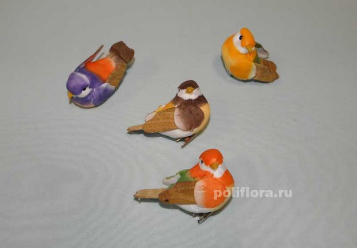 Как сделать маленькую птичку из подручных материалов