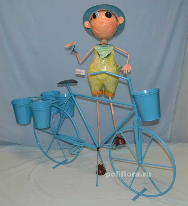 Мальчик с велосипедом 103 см мет. NA14A571